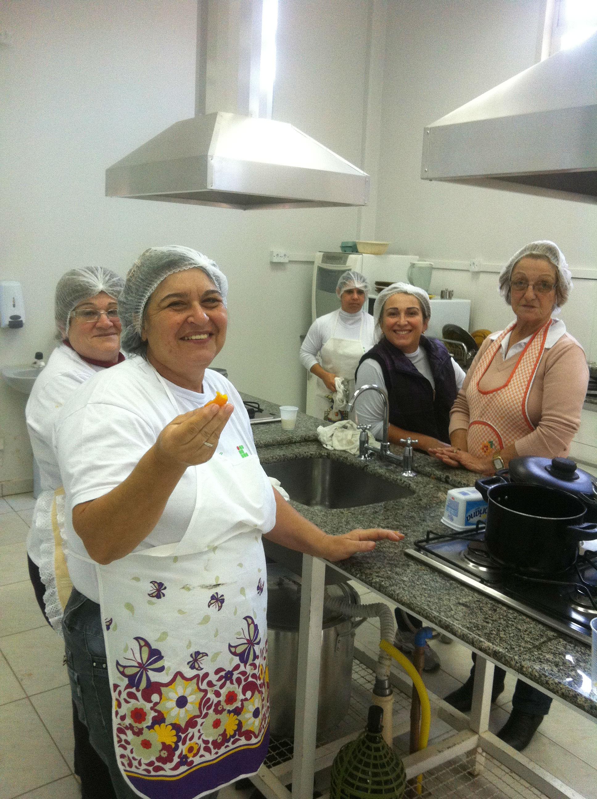 Alunas Do Mulheres Mil Pronatec Praticam Rotina De Cozinha